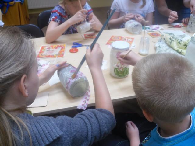 Warsztaty decoupage dla dzieci.