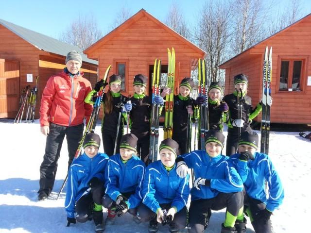 Brązowy medal Szkoły Podstawowej w Lubatowej w narciarstwie biegowym!